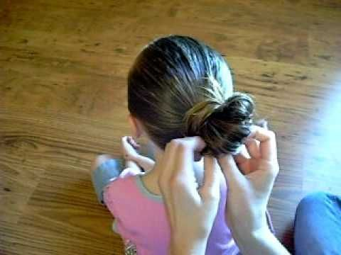 Another messy bun tutorial for people with longer hair. #SimpleHairstyleTutorials #StepByStepHairstyleTutorials #Diyhairstyles