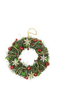 How great are this Xmas ideas-a wreath for the door, wonderful way to introduce the festive season to your home