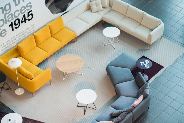Nooa -sarjan penkit tarjoavat helposti muunneltavaa istuinmukavuutta monitilatoimiston erityyppisiin aula- ja kohtaamistiloihin.