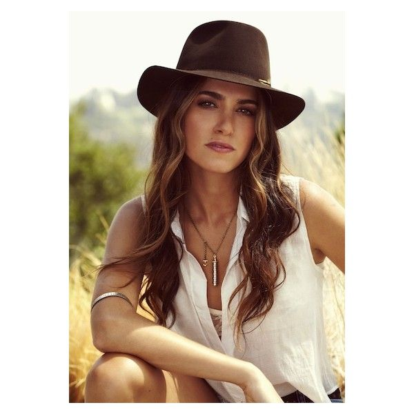 Twilight Star Nikki Reed Launches Her First Jewelry Line! ❤ liked on Polyvore featuring people and nikki reed