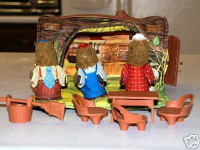 80's toys   okay did anybody else have this toy as a child? I don't even know what it was called but I LOVED these little woodland creatures!