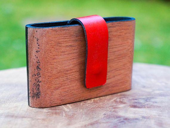 Portefeuille en bois massif et en cuir