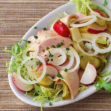 Leichter Schweizer Wurstsalat