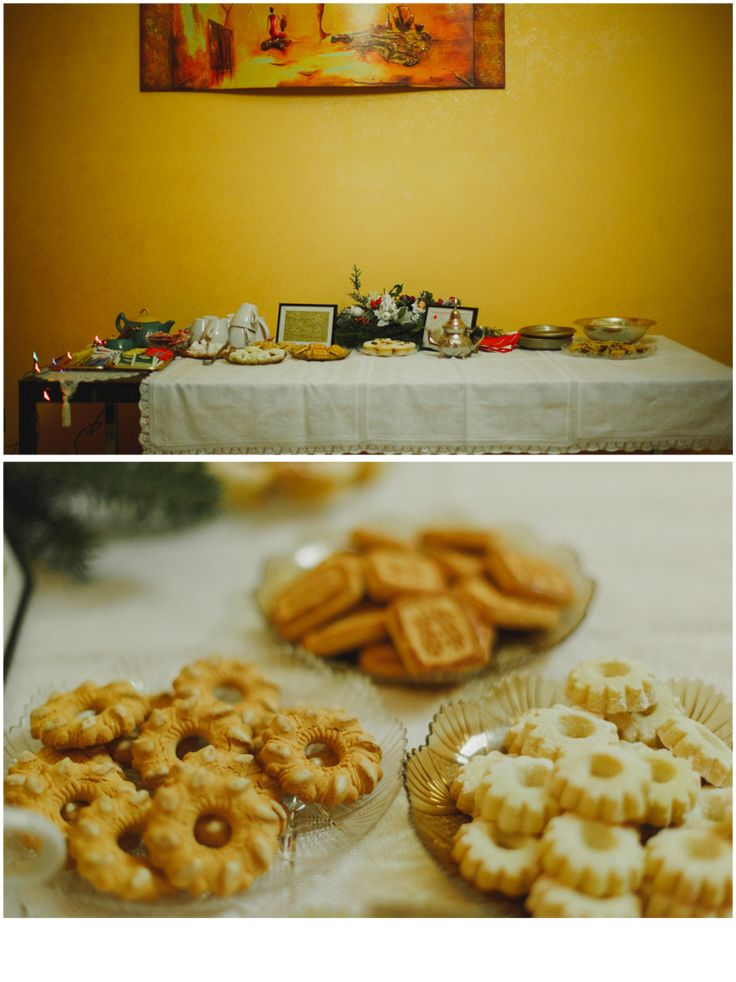 https://www.angela.photo  a gorgeous tea, a smile on my brides' face!  gold, biscuits and hot tea for a winter afternoon with my brides :)