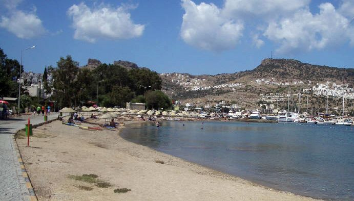 Gundogan Beach in a featured guest post on my Bodrum Peninsula Travel Guide
