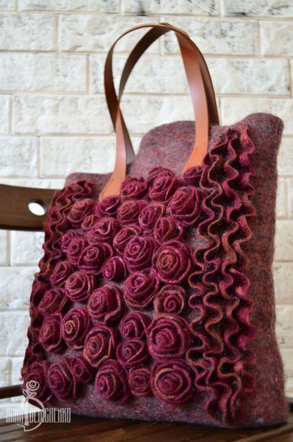 Купить Валяная сумка «Рябиновая осень» - бордовый, женственность, авторская сумка, сумка из войлока