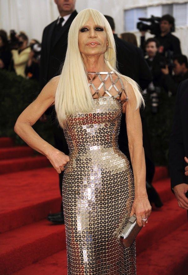 Viața creatorei Donatella Versace a devenit subiect de film! Află cine-i va juca rolul