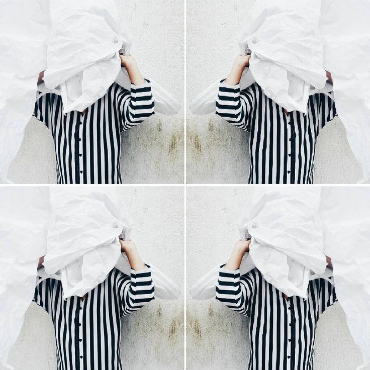"""#blackandwhite #stripes #striped #white #black #minimal #minimalstyle #vtg #maisonretro"""