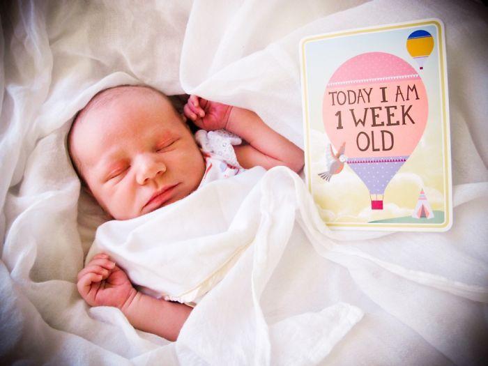 Cute week by week baby photos