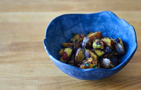 Jeera Aloo: potatoes in Indian spices | Veggin' out | Pinterest ...