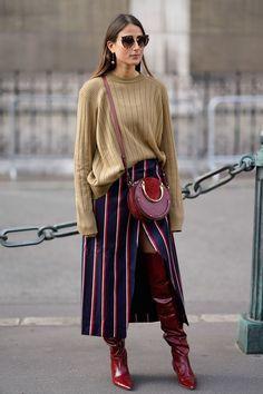 The Best Street Style at Paris Fashion Week Spring 2018   Stil ... caf3dae9f3