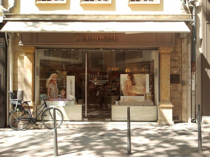 17 images about destins crois s tome 1 violette - Bureau de poste rotonde aix en provence ...