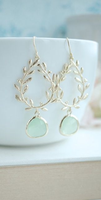 Laurel Wreath Earring, Light Mint, Mint Green, Gold Plated Chandelier Earring. Mint Wedding. Bridesmaid Gift. Gold and Mint Wedding, https://www.etsy.com/listing/223952346/laurel-wreath-earring-light-mint-mint?ref=shop_home_active_24