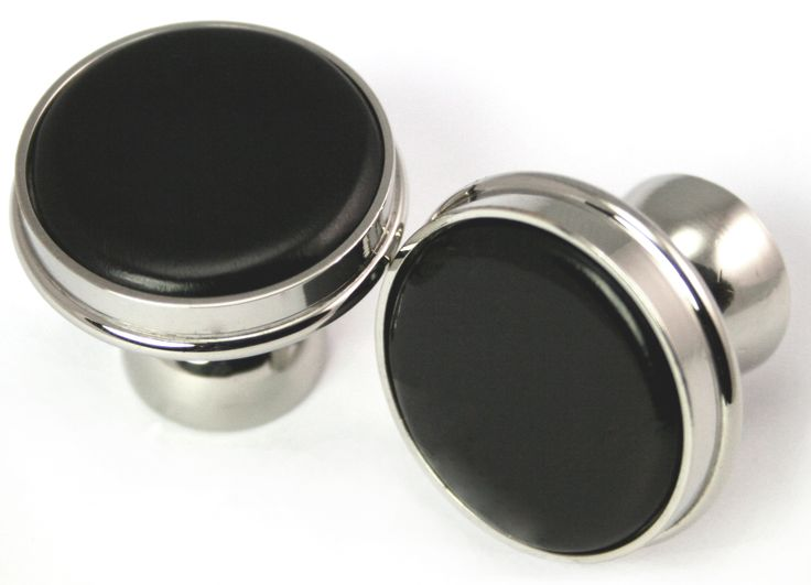 Cabinet knobs, ebony 'buttons' set in polished nickle plated brass. A very nice complement to 'black and white' themes.