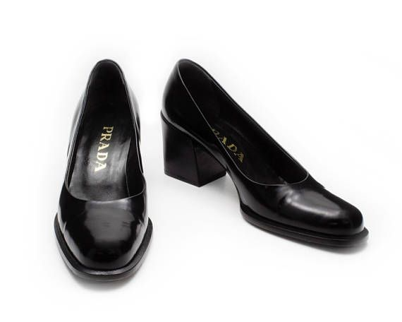 Prada Vintage 1990s Square Block Heel Shoes Pumps Black True