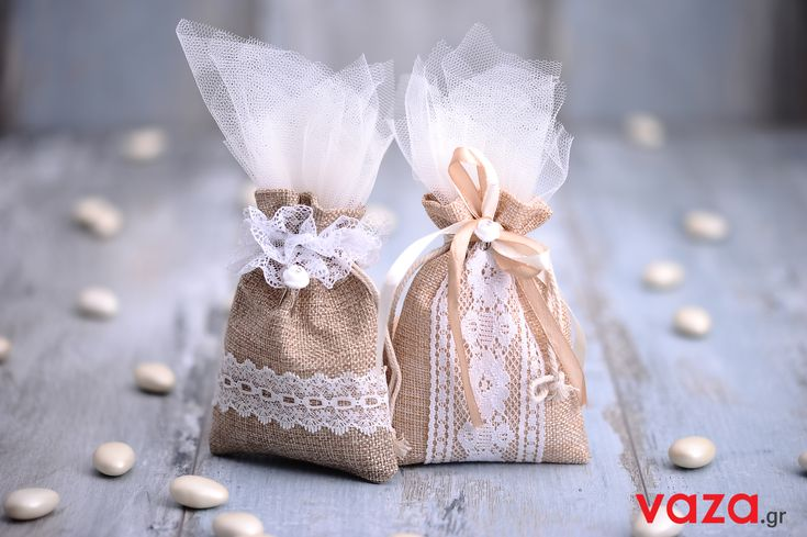 Handmade personalised linen pouches for wedding favor.