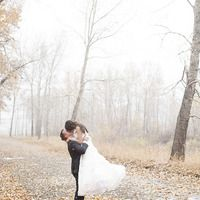 It started to snow at just the perfect moment. Beautifully captured by www.erinbrooke.com.