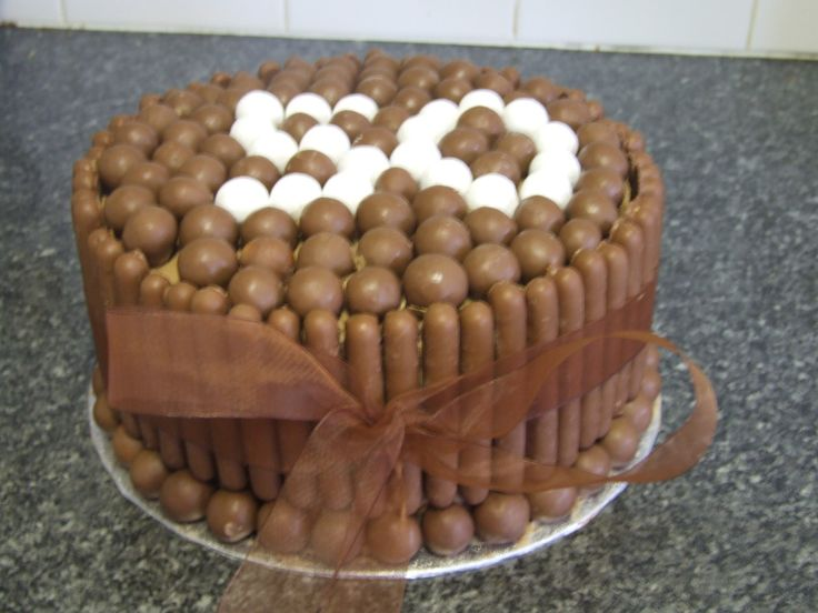 Cake With Chocolate Fingers : 19 best ideas about damien on Pinterest Cute birthday ...