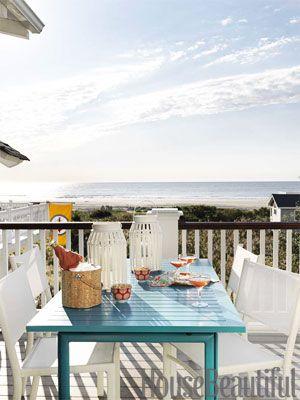 Beach house deck. Design: Mona Ross Berman. Photo: Jonny Valiant. housebeautiful.com. #turquoise_table #deck #beach_house