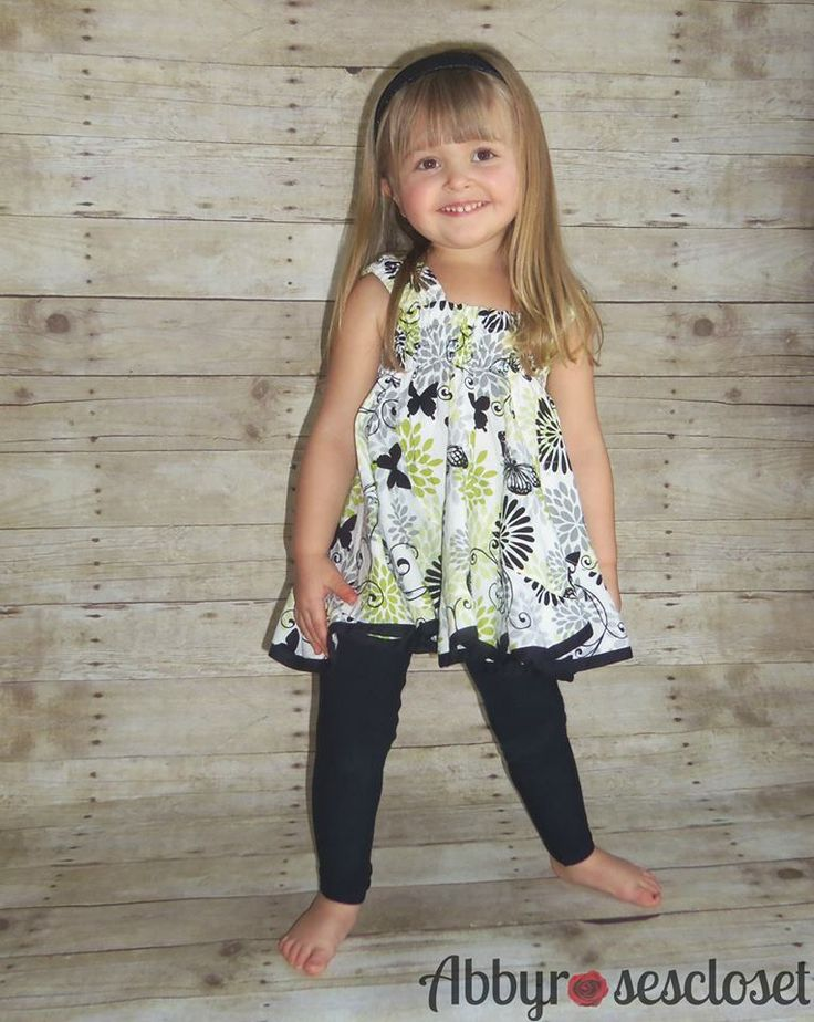 Free leggings pattern in sizes Dolly, NB-24M, 2-7, and 8-16.