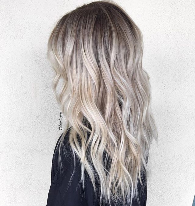 ❤️shadowed root blonde by Habit stylist @hairbypris