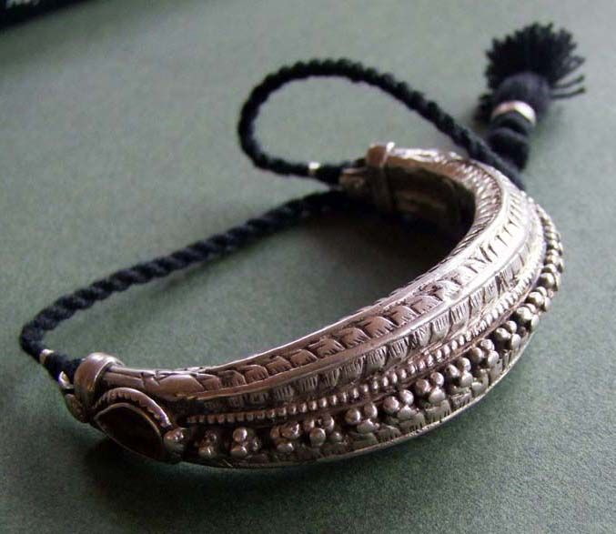 India | Bazuband (amulet for the upper arm)' silver | 19/20th century.  Rajasthan | Price on request.