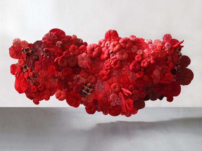 sculpture textile / Printemps Haussmann/ Paris, 2011