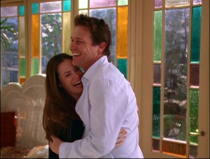Piper Halliwell & Leo Wyatt | Charmed (1998 - 2006)  #hollymariecombs #briankrause #couples