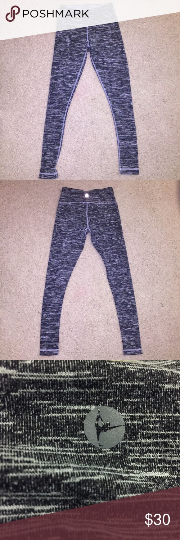 Gray Leggings 90 Degrees by Reflex brand! Just using Lululemon for exposure. I also have Lulu leggings and these are just as good! Super cute gray leggings! Excellent condition, I just don't wear them as much as I should :(. It has a little pocket in the front for keys. Thick material. lululemon athletica Pants Leggings