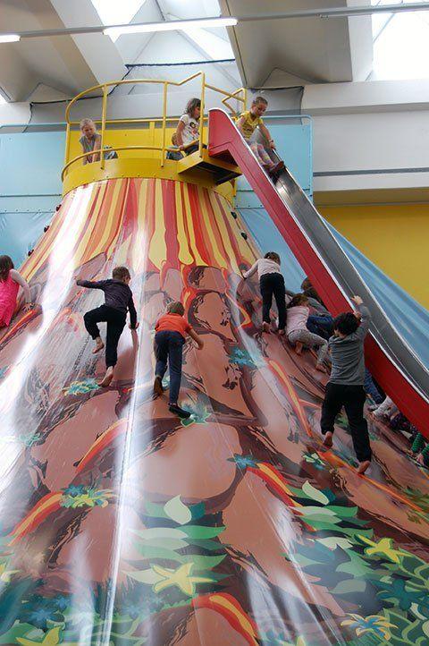 Kindergeburtstag im Indoor Spielplatz Happy Hopp (Vomp / Tirol) feiern • Mami rocks
