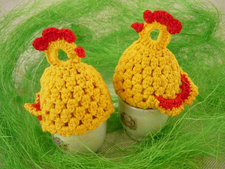 Eggs warmers - hens  from MariArt by DaWanda.com  Beautiful eggs warmers will be great decoration of Easter table.  Thanks to them, eggs will be longer warm. #Easter #Eggswarmers #MariAndAnnieArt #Wielkanoc #ocieplacze
