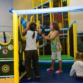 Tubes & Jujubes in Ottawa, Ontario. Very large indoor playground with ballistic ball shooters. www.iplayco.com
