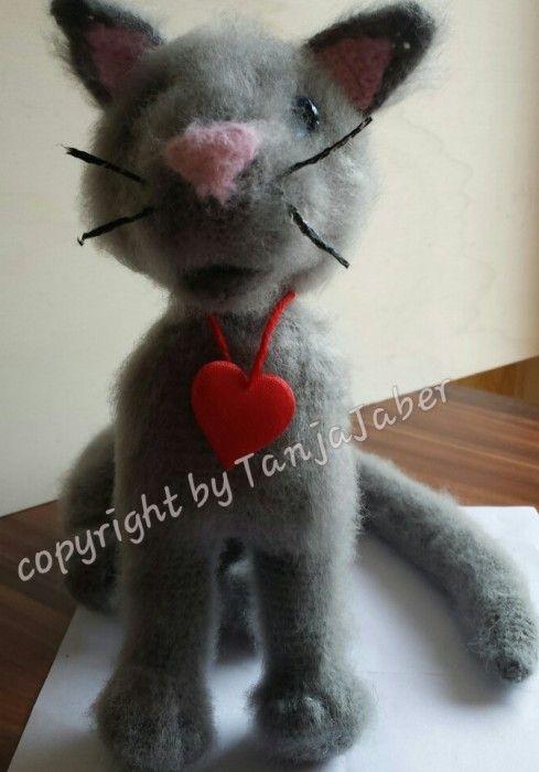 Süsses Graues Kätzchen