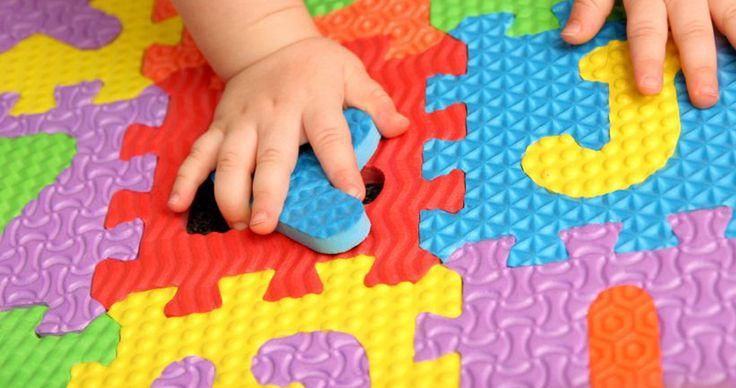 Die Wirkung von Farben auf Kinder ist sehr unterschiedlich. Erfahre hier, wie verschiedene Farben auf Kinder wirken.