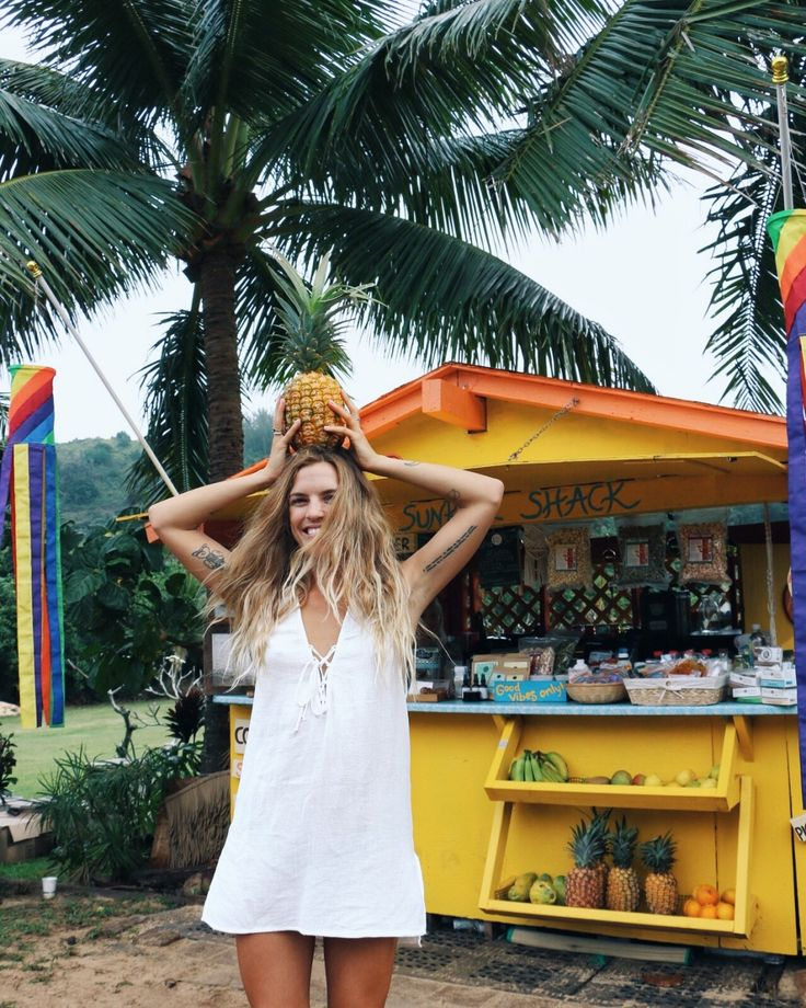 Paradise on our mind || Dreaming of morning coffees & pineapple parties at The Sunrise Shack with Olive Cooke