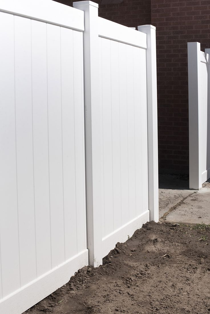 How to Install a Vinyl Privacy Fence
