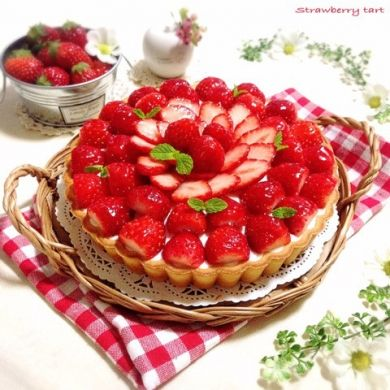 「たっぷり苺のレアチーズケーキ♪」Stern* | お菓子・パンのレシピや作り方【corecle*コレクル】