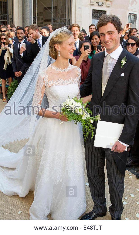 Pin jill goodacre wedding photos on pinterest for Jill goodacre wedding dress