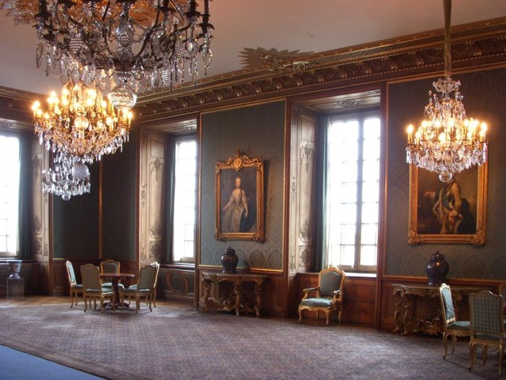 Stockholms slott. Lovisa Ulrikas matsal 800p 2011b.jpg
