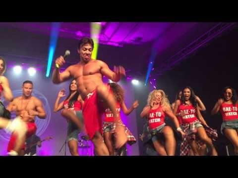 Beto Perez e elenco da Zumba Fitness na festa da ZINCON 2015 - YouTube