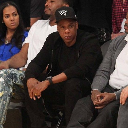 """JAY-Z slams Meek Mill's 'heavy handed' prison sentence https://tmbw.news/jay-z-slams-meek-mills-heavy-handed-prison-sentence  JAY-Z has labelled Meek Mill's prison sentence """"unjust and heavy handed"""".The 30-year-old was convicted of drug dealing and gun possession in 2008, and received a prison sentence of 11-to-23 months. Upon his release in 2009, he was placed on probation, but struggled to stick to the terms of the arrangement. On Monday (06Nov17), Pennsylvania judge Genece Brinkley…"""