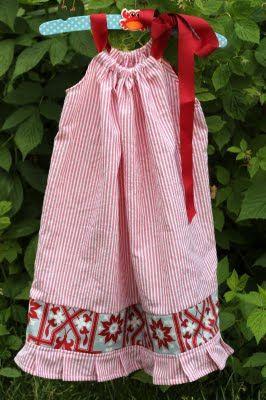 DIY pleated seersucker pillowcase dress. CUTE! & 1354 best Pillowcase dresses images on Pinterest | Pillowcase ... pillowsntoast.com