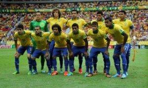 """Com a convocação dos 23 jogadores que integrarão a Seleção Brasileira de Futebol na Copa do Mundo, acabou o mistério e a expectativa. Durante meses surgiram boatos especulações e muitos nomes foram """"cavados"""" por especialistas. Embora a lista final não tenha apresentado grandes"""
