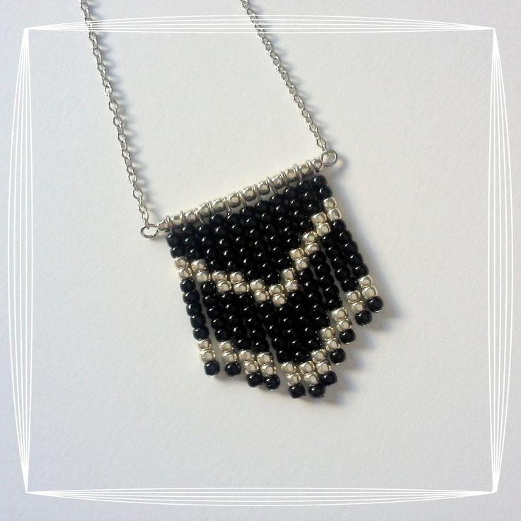 Collana argentata perline nere, by Zeudi Creazioni, 13,90 € su misshobby.com