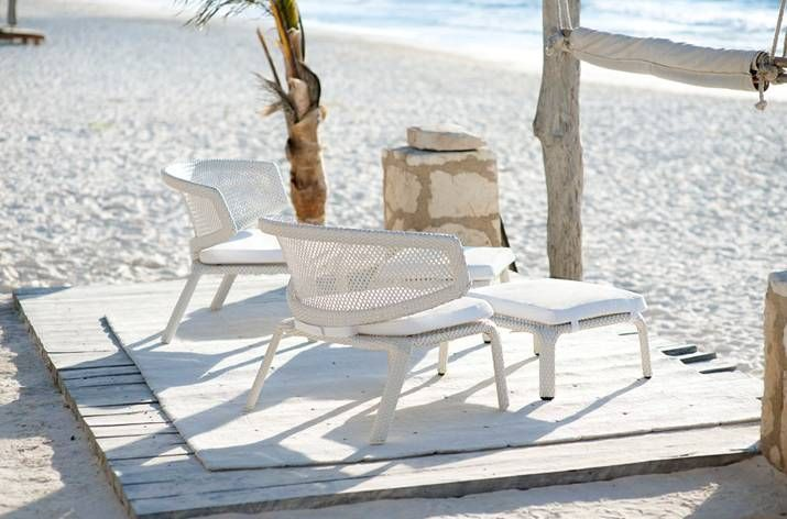 SEASHELL Armchairs stackable by DEDON