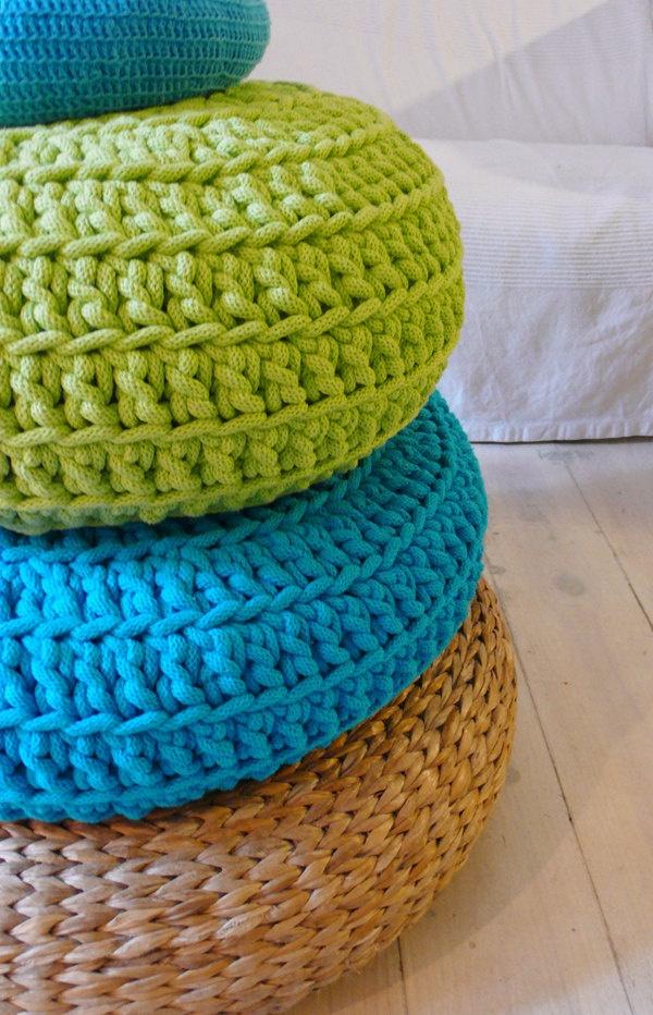 Floor Cushion Crochet - Giant knit.