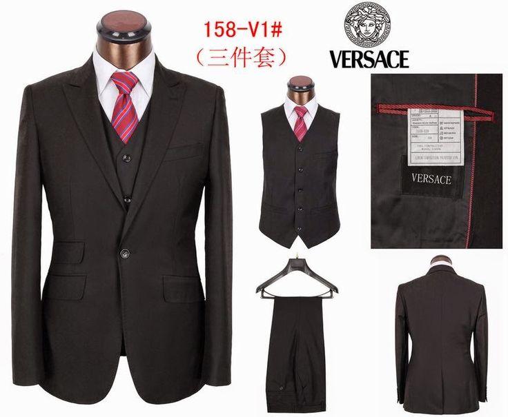 Versace-Mens-Costume-Styles-003.jpg (JPEG kép, 875×720 képpont) - Átméretezett (88%)