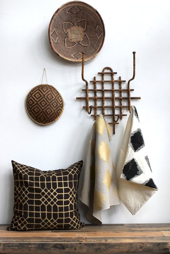 Metallic pillow add a touch of cozy luxury.