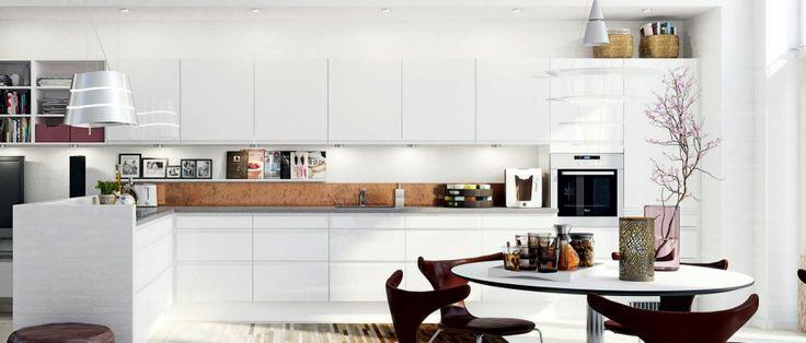 HTH kjøkken i hvit høyglans