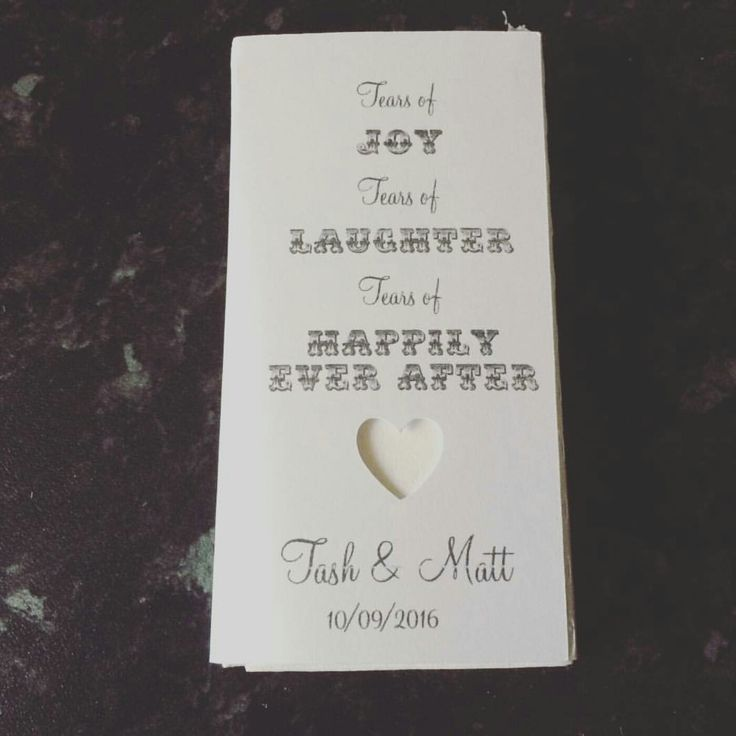 Personalised tissues! 😍😍 lovely little weeding touch. All about wedding detail. Wedding ideas